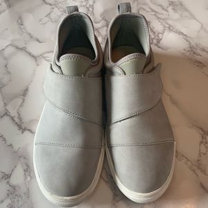 Fabletics Velcro Sneakers